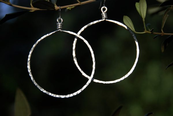 2.75-inch hammered hoops